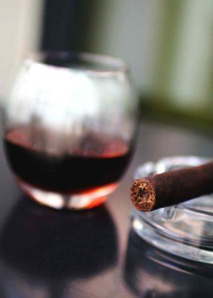 cigar-cigarette-smoker